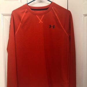 NWT Boy's Under Armour Long Sleeve Top